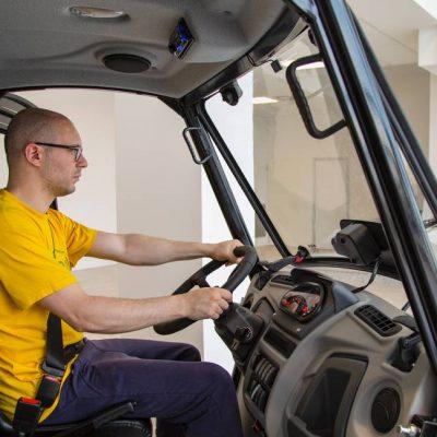 alke-electric-vehicles-cab
